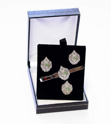 Argyll's | Argyll and Sutherland Highlanders presentation set of cuff-links, tie slide and lapel badge in presentation box.